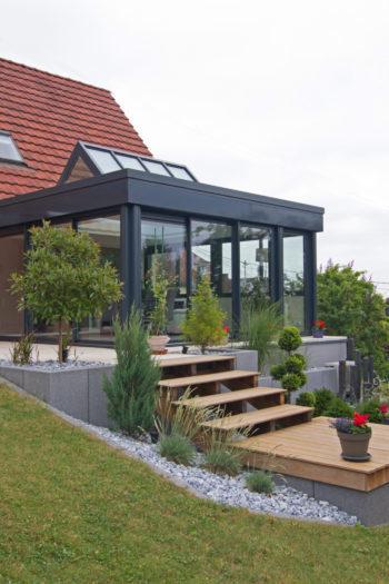 construction d une v randa la r glementation en vigueur lux zenithal. Black Bedroom Furniture Sets. Home Design Ideas